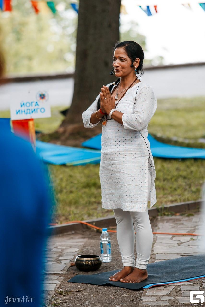 Вина Ачария Международный день йоги